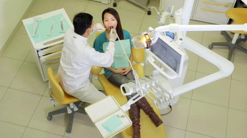 Nhắc đến nha sĩ Đà Nẵng giỏi thì không thể bỏ qua bác sĩ Quang Tuấn
